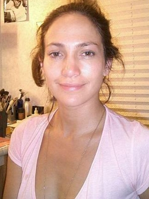 10 of the Most Beautiful Celebrities Without Makeup