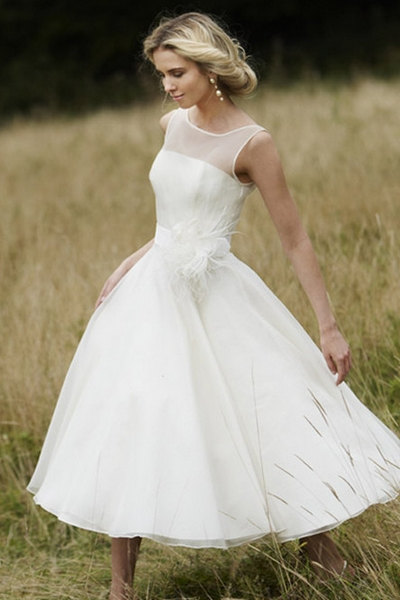 10 non traditional wedding dresses for the non traditional