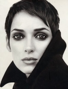Winona_Ryder_pixie-hair-cut