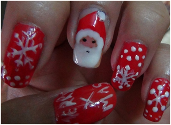 40 fab nail art designs styles for the beginners with tips santa and snowflakes 15 prinsesfo Gallery