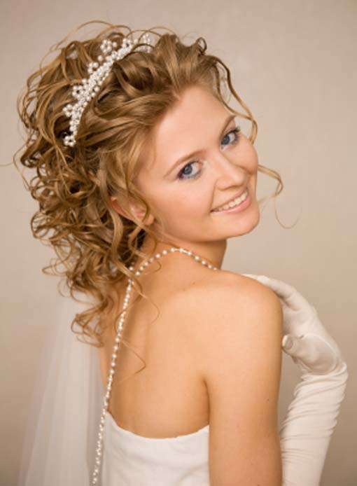 Best Hairstyles For Long Hair Wedding Hair Fashion Style: Medium Hairstyles For Curly Hair